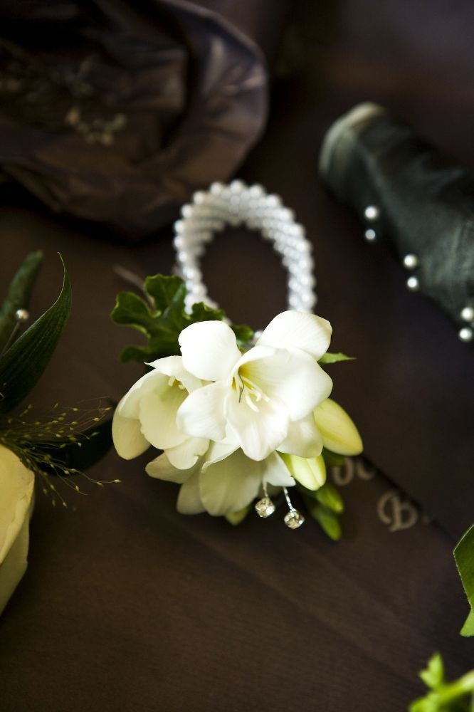 Buttonholes And Corsages Arbour Blooms (15)