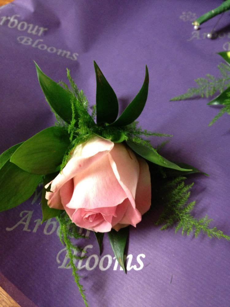 Buttonholes And Corsages Arbour Blooms (34)