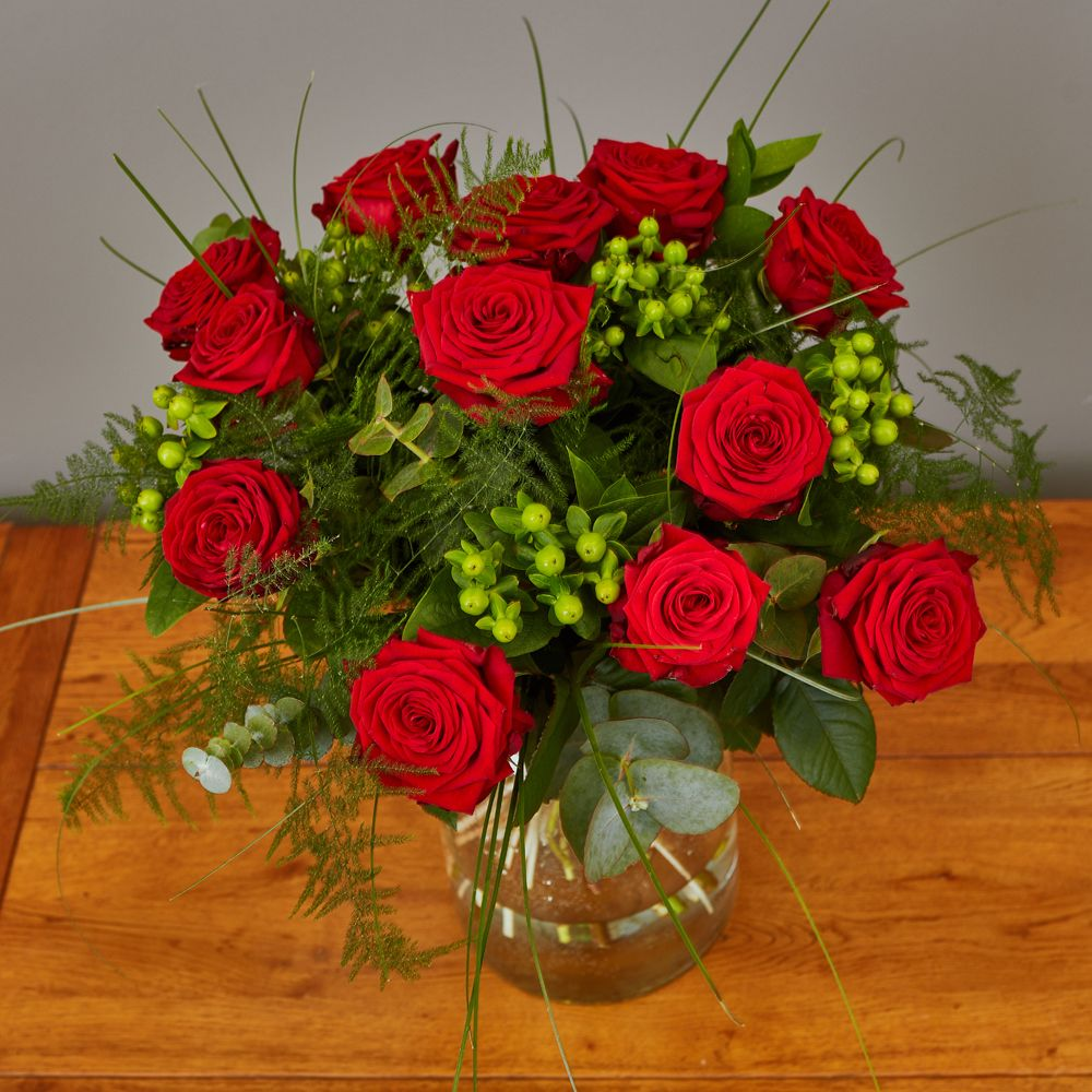 Red Rose Hand Tied 3 Arbour Blooms