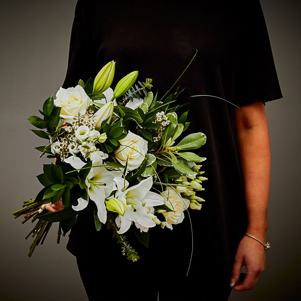 Simply White Hand Tied 2 Arbour Blooms