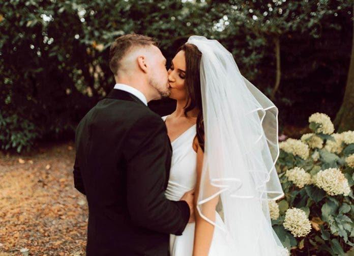 Weddings By Jason 26 696x503