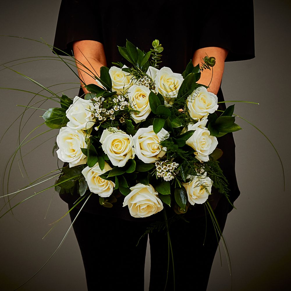 White Rose Hand Tied 1 Arbour Blooms